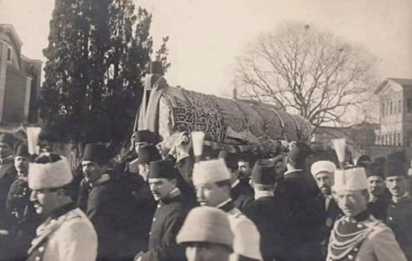 Sultan Ikinci Abdülhamid'in cenaze töreni
